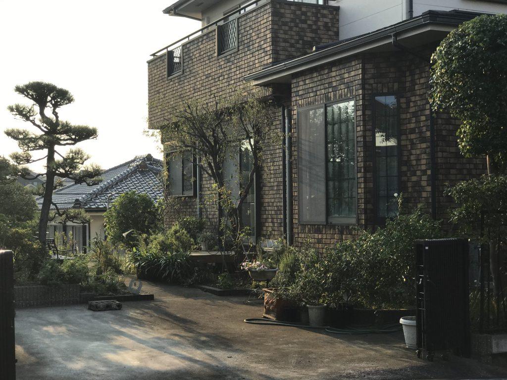 横浜市旭区 庭木の剪定作業