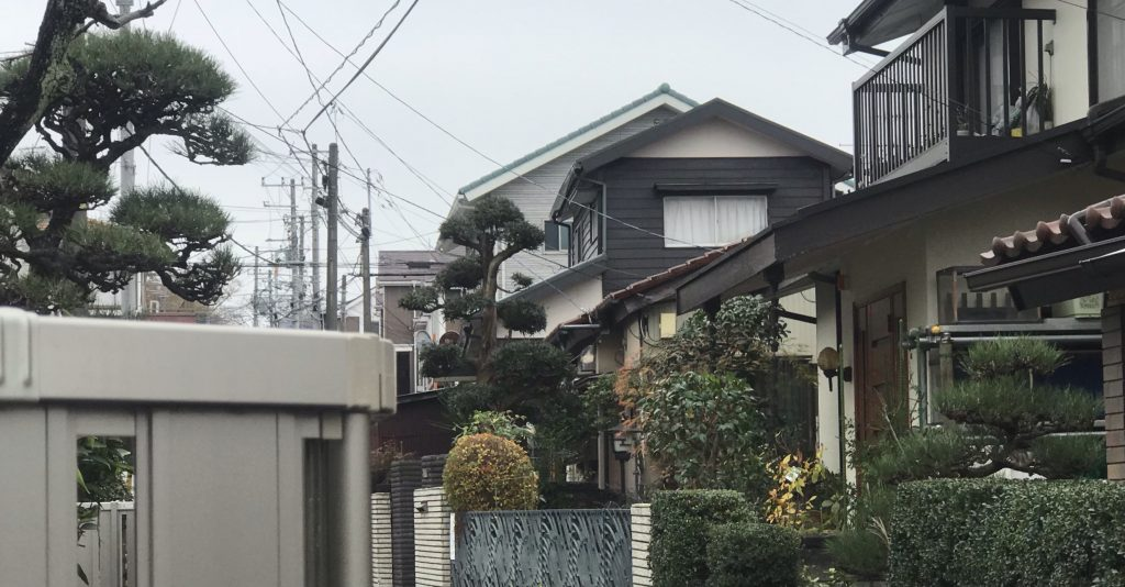 横浜市泉区の近隣3世帯様の庭手入れ完了