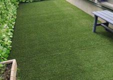 横浜市港南区 人工芝をDIYで庭に敷きましたが、プロにやり直しお願いしたいです。